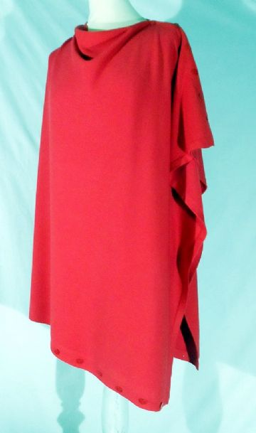 Plain Convertible Ponshawl ~ Red